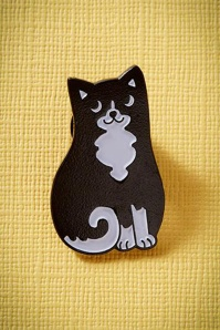 Black and White Cat Enamel Pin Années 60