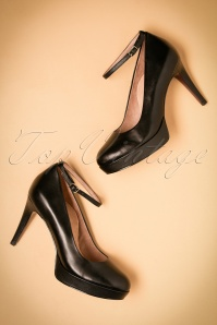 50s Classy Mary Jane Heart Sole Pumps in Black