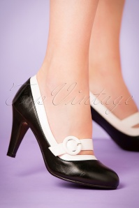60s Beatrix High Heel Pumps in Black and White