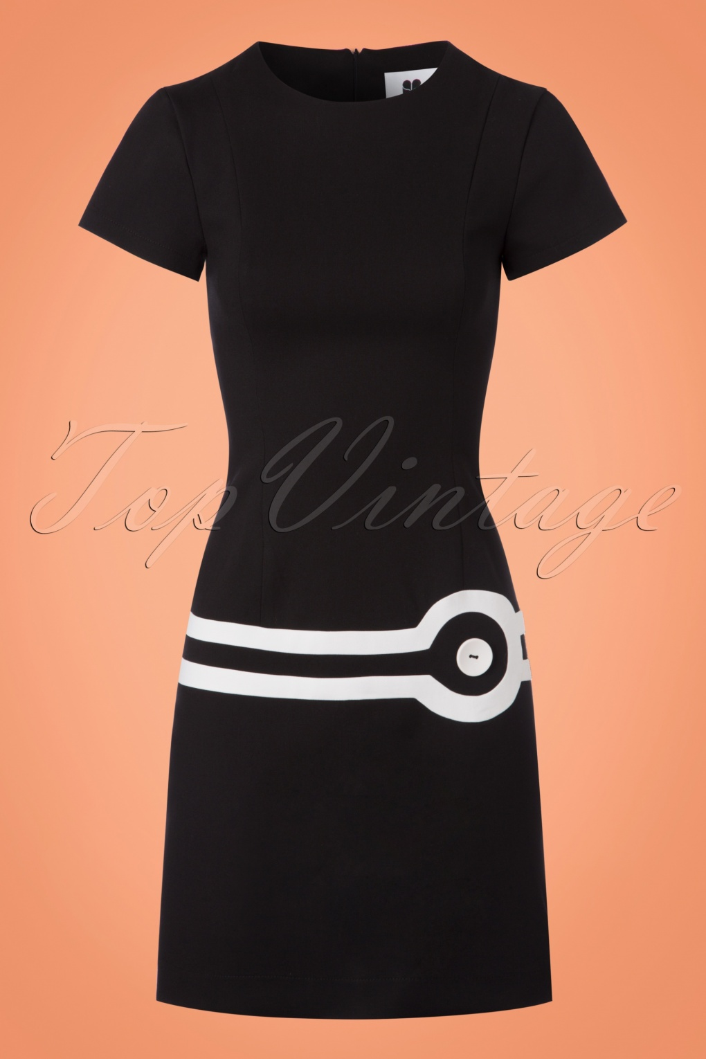 1960s – 70s Dresses- Retro Inspired Fashion 60s Circle  A-Line Dress in Black and White £111.87 AT vintagedancer.com