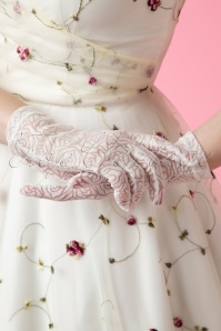 50s Rosy Romantic White Lace Gloves