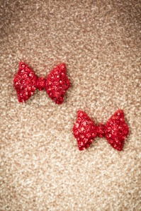Dorothy Diamante Bow Stud Earrings Années 50 en Rouge