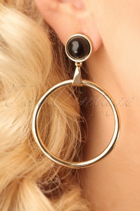 Vixen Retro Black Gold Earring 333 91 23052 model01W