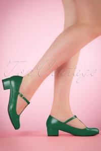 60s Chrissie T-Strap Pumps in Emerald Green
