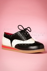 50s Cecilia Leather Brogue Shoes in Black and Cream