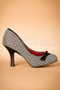 Dancing Days by Banned Houndstooth Pump 400 14 22443 12102017 001W