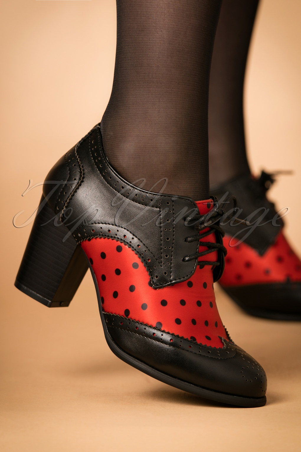 1950s Shoe Styles- History and Shopping Guide