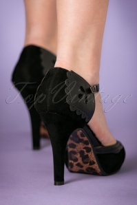 Bettie Page Shoes Lillian Black T strap Pump 401 10 21494 model 18102017 004W