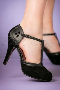 Bettie Page Shoes Lillian Black T strap Pump 401 10 21494 model 18102017 001W
