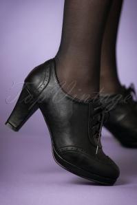 Bettie Page Shoes Black Saison Booties 430 10 21491 model 18102017 002W