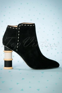 70s Olivia Suede Ankle Booties in Black