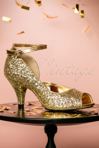 20s Belle D'Orsay Peeptoe Glitter Pumps in Gold