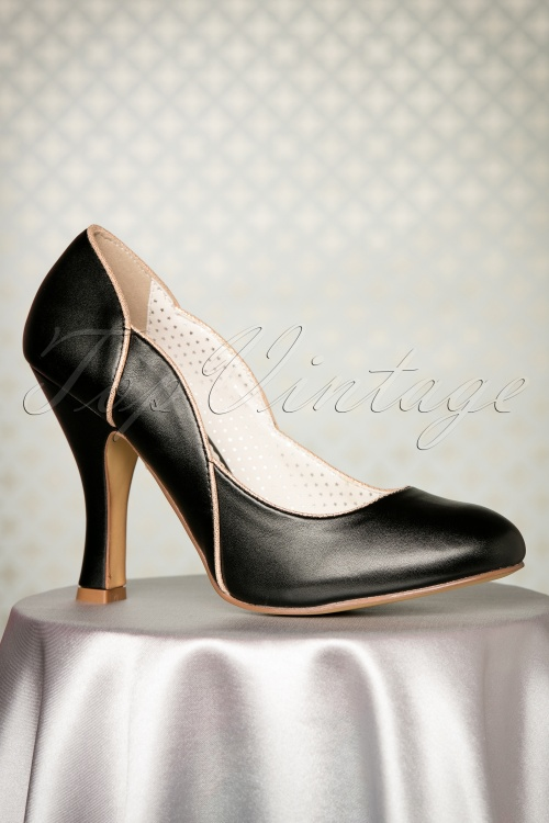 Pinup Couture Black Faux Leather Pump 400 10 23812 26102017 014W