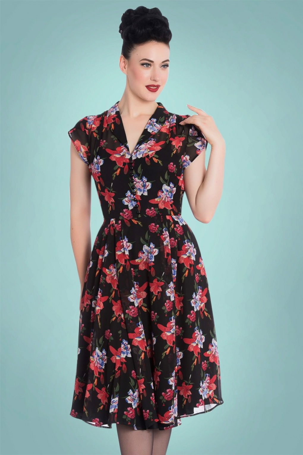 Pin Up Dresses | Pin Up Clothing 50s Rayna Flower Dress in Black £56.76 AT vintagedancer.com