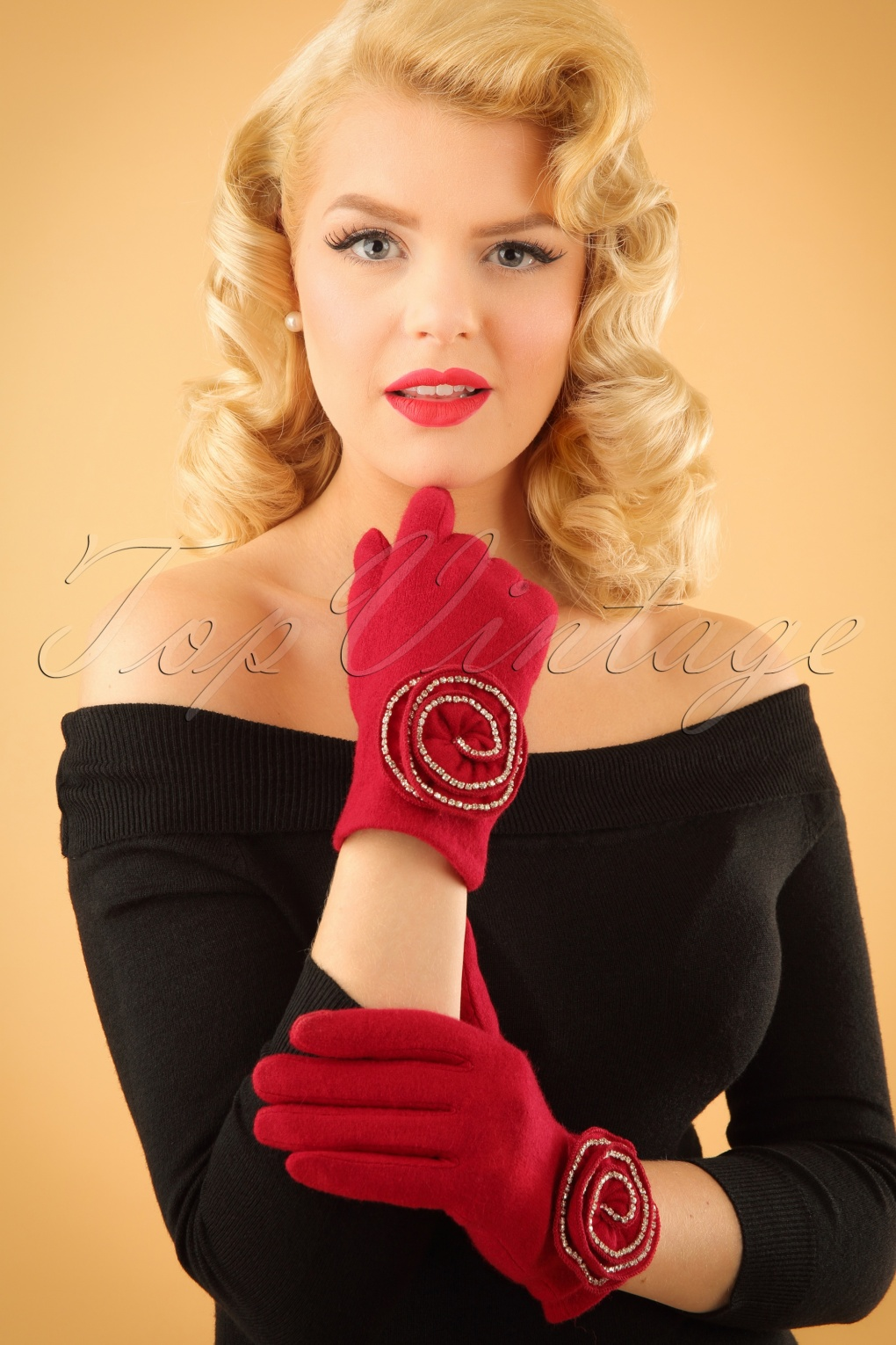 Vintage Style Gloves 50s Rosie Sparkly Wool Gloves in Red £21.80 AT vintagedancer.com