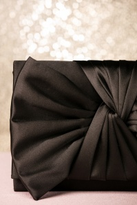 Darling Divine Satin Bow Clutch 210 10 22673 20171017 0014