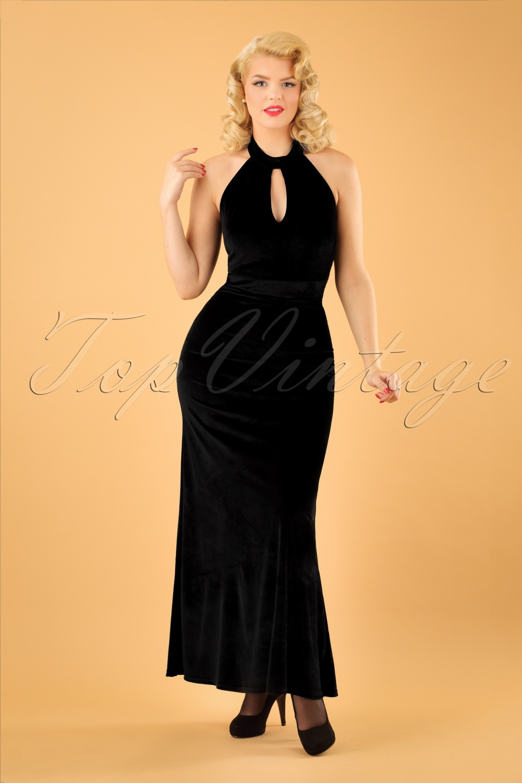 1950s Prom Dresses & Party Dresses 50s Eleanor Halter Maxi Dress in Black Velvet £57.41 AT vintagedancer.com