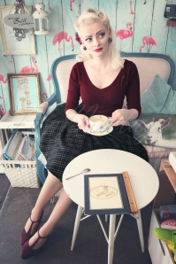 50s Bardot Jumper in Wine