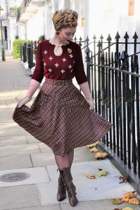 50s Apple Of My Eye Tartan Skirt in Burgundy and Black