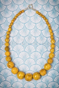 Splendette Carved Banoffee Fakelite Beads 300 21 23720 20171109 0004w