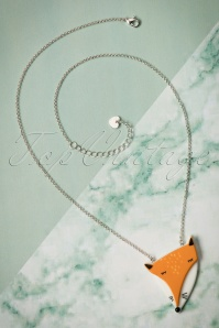 Lisa Angel Acrylic Fox Necklace 300 80 23795 07112017 003W