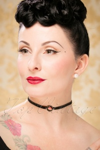 Sweet Cherry Rose Choker 300 10 23733 model01W