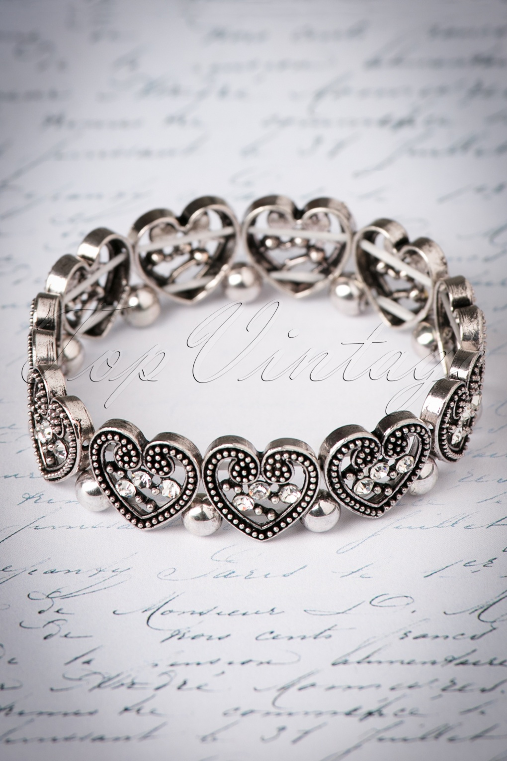 1930s Jewelry Styles and Trends 30s Lovely Vintage Bracelet in Silver £8.81 AT vintagedancer.com