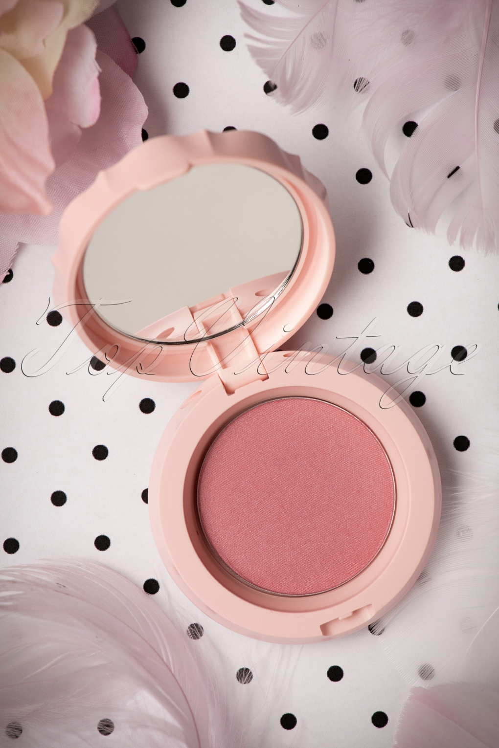 Simple, Natural 1930s Makeup Guide Blush Boudoir in Rose £10.40 AT vintagedancer.com