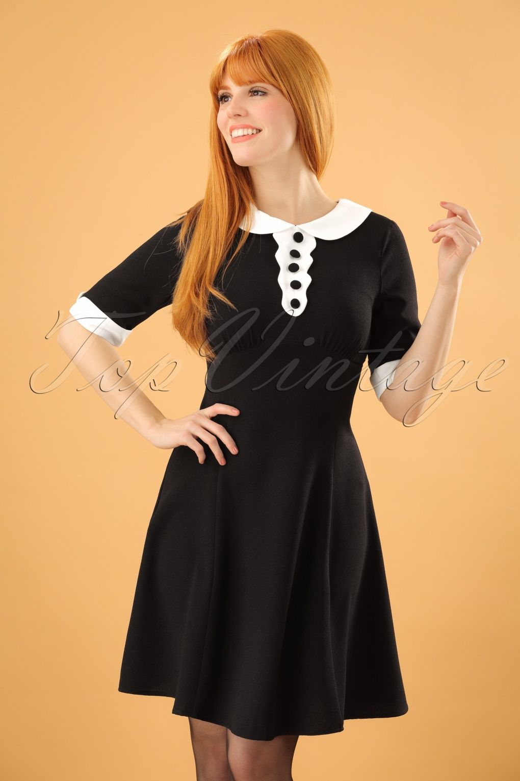 1960s Mad Men Dresses and Clothing Styles 60s Magpie Mini Dress in Black £27.78 AT vintagedancer.com