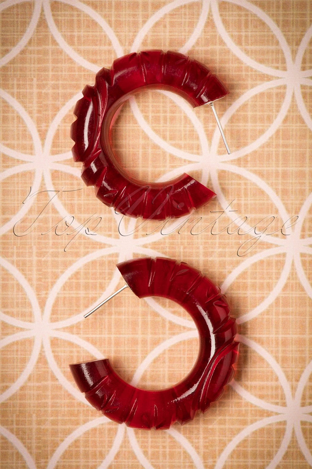 1930s Jewelry Styles and Trends TopVintage Exclusive  30s Eileen Carved Earrings in Wine Red £11.44 AT vintagedancer.com