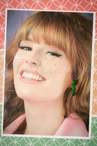 The Pink Bungaloo Carved hoop Earring green 333 40 23894 12122017 005W