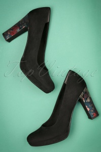 60s Suedine Flower Heel Pumps in Black
