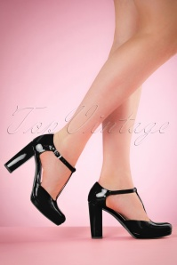 Tamaris 60s Phoebe Lacquer T-Strap Pumps in Black