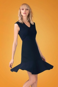Closet London V Neck Peplum Dress in Navy 100 31 24456 20180109 0007