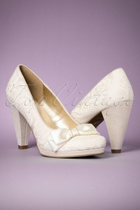 Ruby Shoo Susanna Pumps Cream 400 51 22712 17012018 004W