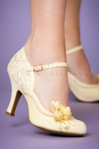 Ruby Shoo Silvia Pumps Lemon 402 80 22700 model 25012018 002W