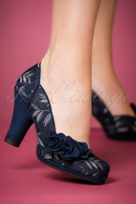 50s Charlotte Pumps in Navy