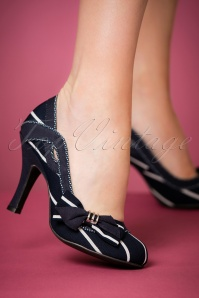 Ruby Shoo Miranda Blue Pumps 400 39 22696 model 25012018 001W
