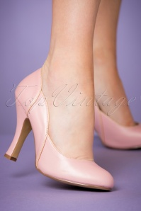 Pinup Couture 50s Classy Smitten Pumps in Powder Pink