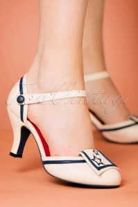 Banned Retro 40s Mary Jane Beaufort Spice Pumps in Cream