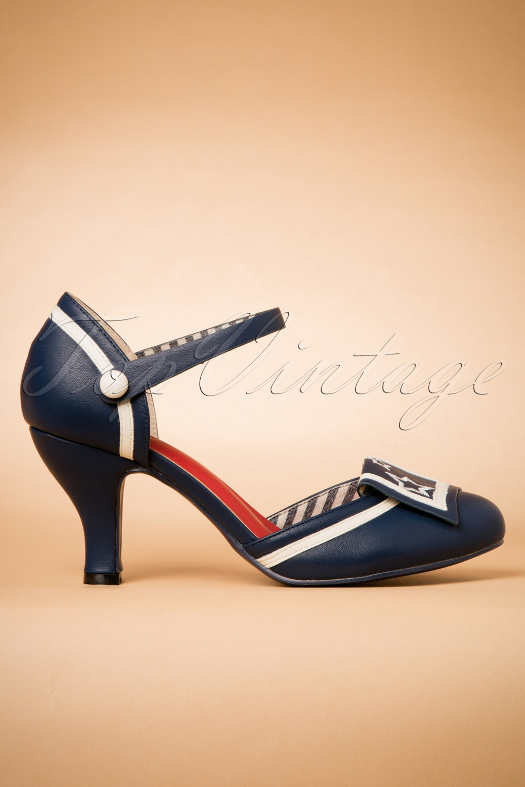 Pin Up Shoes- Heels, Pumps & Flats 40s Mary Jane Beaufort Spice Pumps in Navy £47.58 AT vintagedancer.com