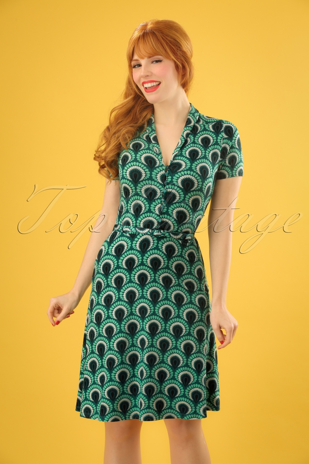 60s Plus Size Retro Dresses, Clothing, Costumes | 70s Dresses 60s Emmy Peacock Dress in Rock Green £88.21 AT vintagedancer.com