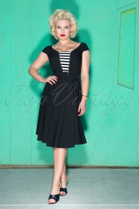 50s Gwenn Swing Dress in Black