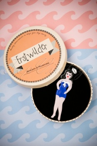Erstwilder She Sells Sea Shells Brooch 340 39 25064 12022018 013W