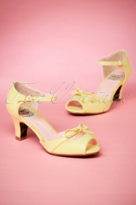 Bettie Page Shoes Tegan yellow Sandals 402 80 23566 06022018 012W