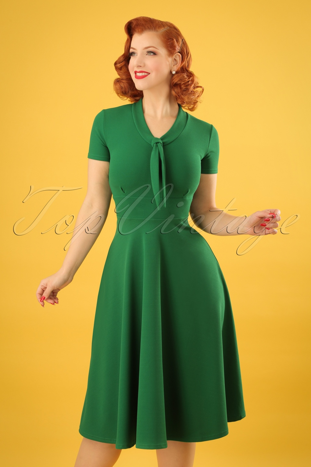 Pin Up Dresses | Pin Up Clothing 50s Lillie Swing Dress in Emerald Green £48.18 AT vintagedancer.com