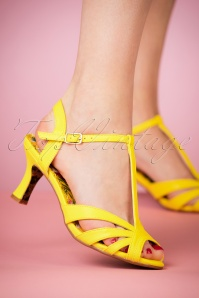Bettie Page Shoes Layla yellow Sandals 401 80 23557 model 07022018 003W