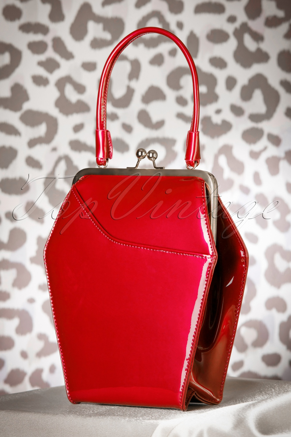1950s Handbags, Purses, and Evening Bag Styles 50s To Die For Handbag In Poison Apple Red £60.27 AT vintagedancer.com