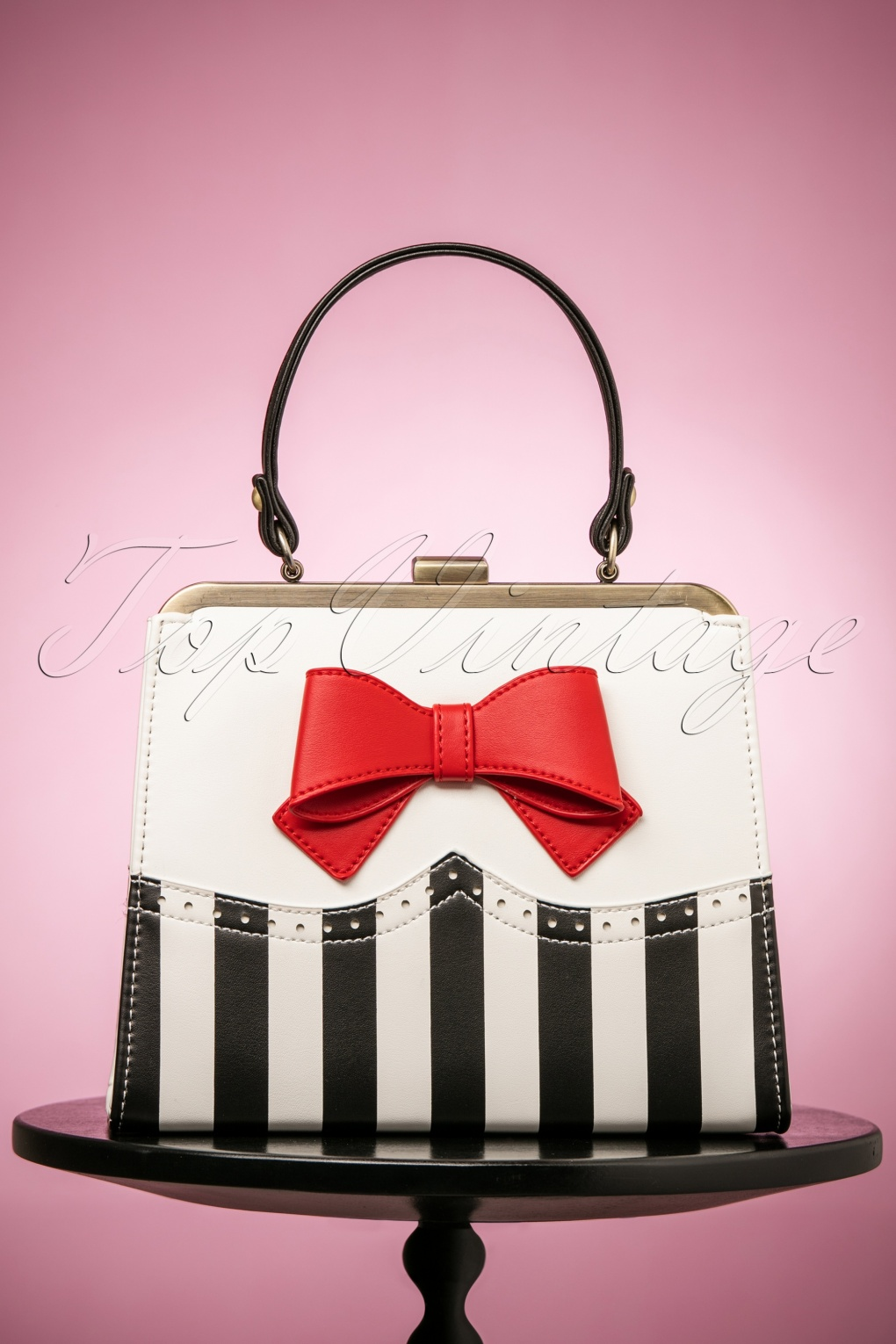 Vintage & Retro Handbags, Purses, Wallets, Bags 50s Inez Sweetheart Handbag in Black and White £60.68 AT vintagedancer.com