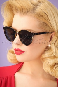 60s Revival Tortoise Sunglasses in Black
